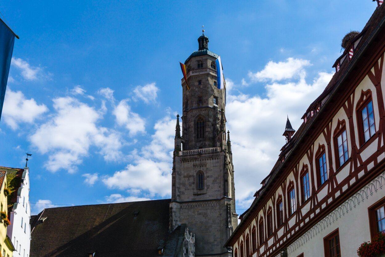 Iglesia de San Jorge, de estilo gótico y situada en Nördlingen