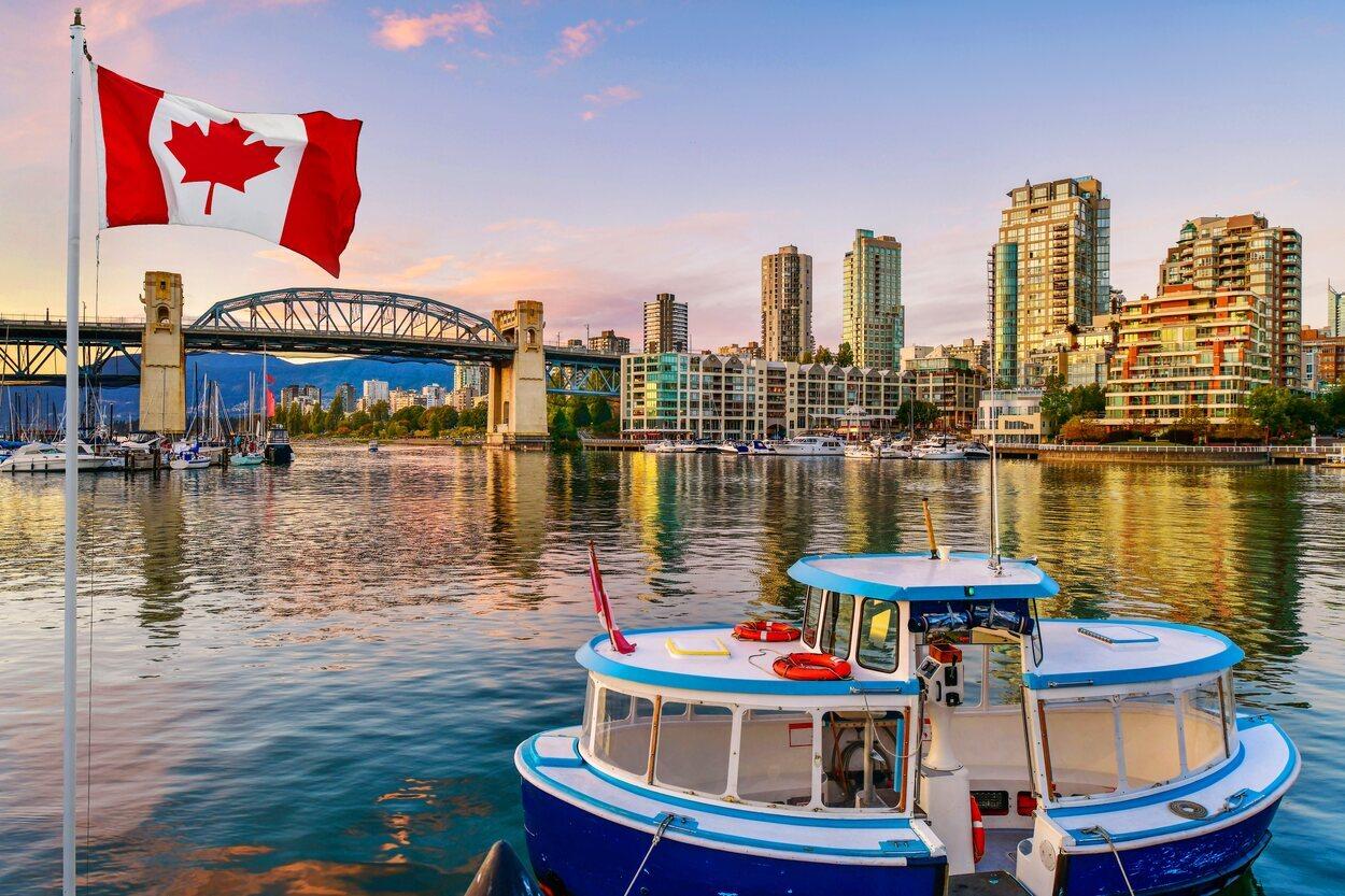 Granville Island es una península unida a la ciudad de Vancouver