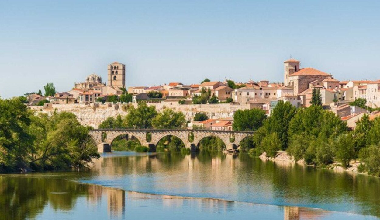 Zamora, la perla del Duero, es uno de los ejes fundamentales de la ruta