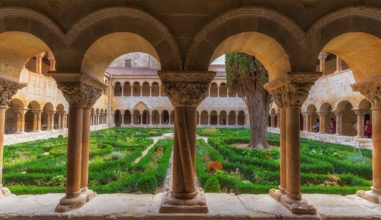 El Monasterio de Silos es pieza clave la ruta Camino de la Lengua