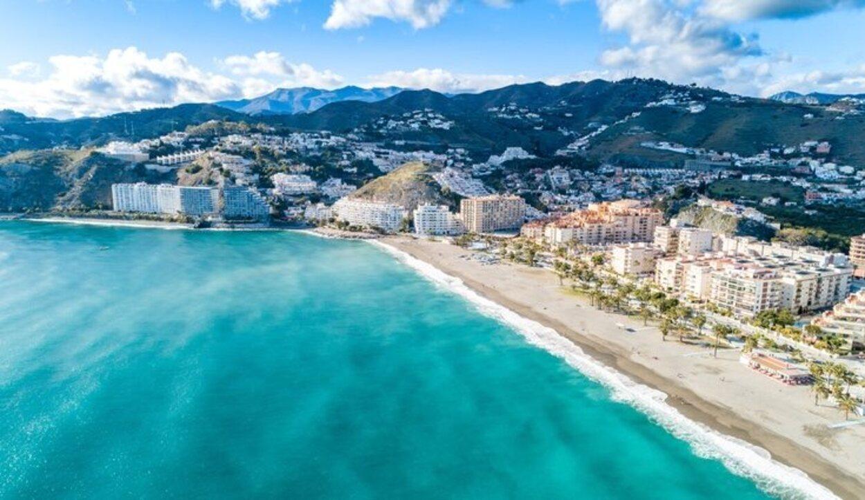 Las playas de Granada cuenta con varios galardones de Bandera Azul