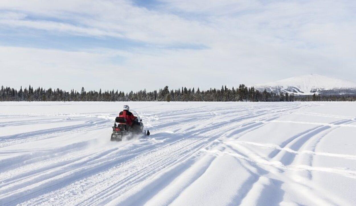 La moto de nieve es el mejor transporte