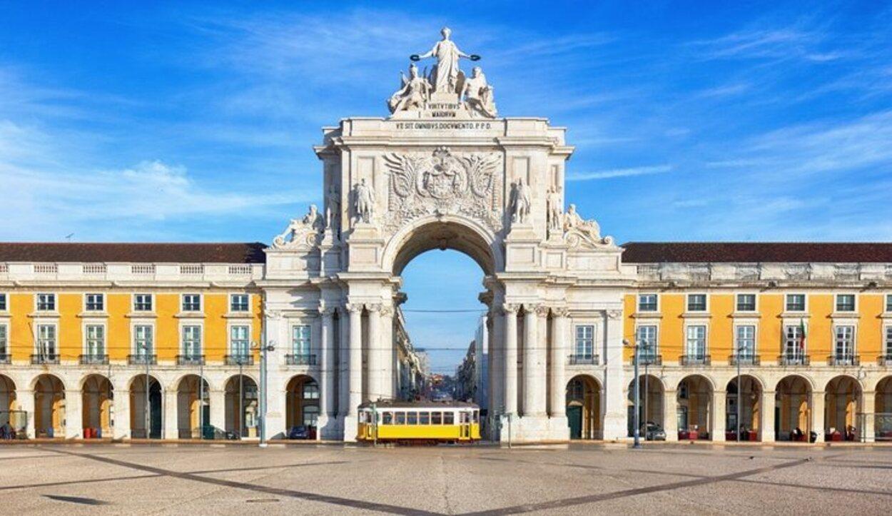 Lisboa dispone de monumentos y museos que ensalzan la cultura tradicional portuguesa