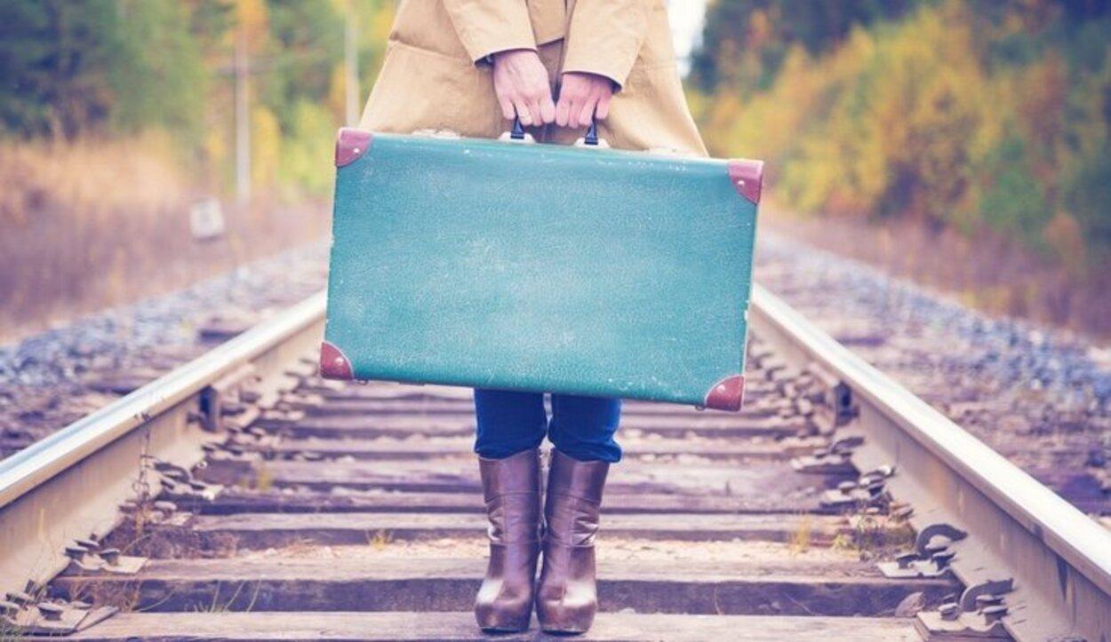 Deberás racionar los productos de higiene y maquillaje por el reducido espacio que supone una maleta