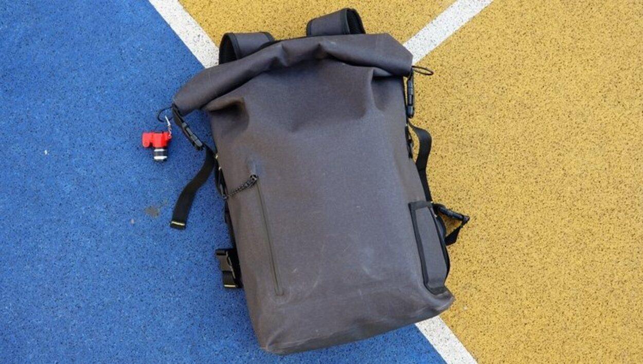Las dimensiones máximas para el equipaje de mano son de 56x45x 25 centímetros