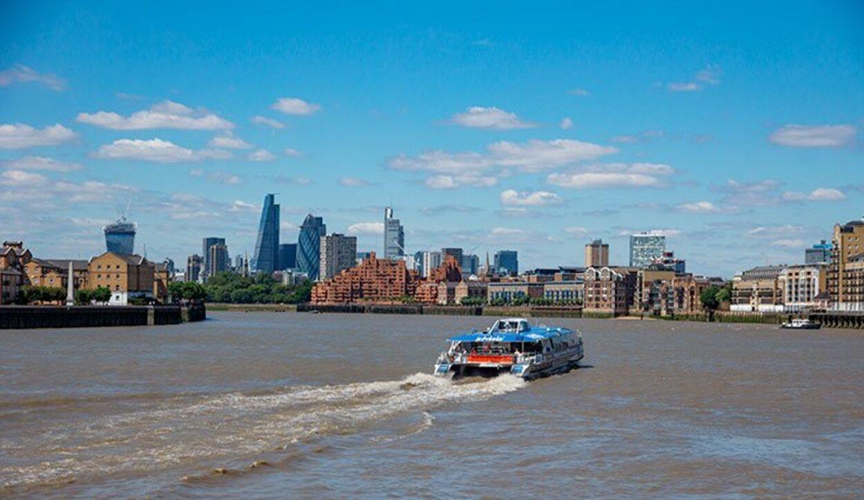 Interrail también incluye pases de avión o ferry para trasladarse a los territorios insulares, como Reino Unido