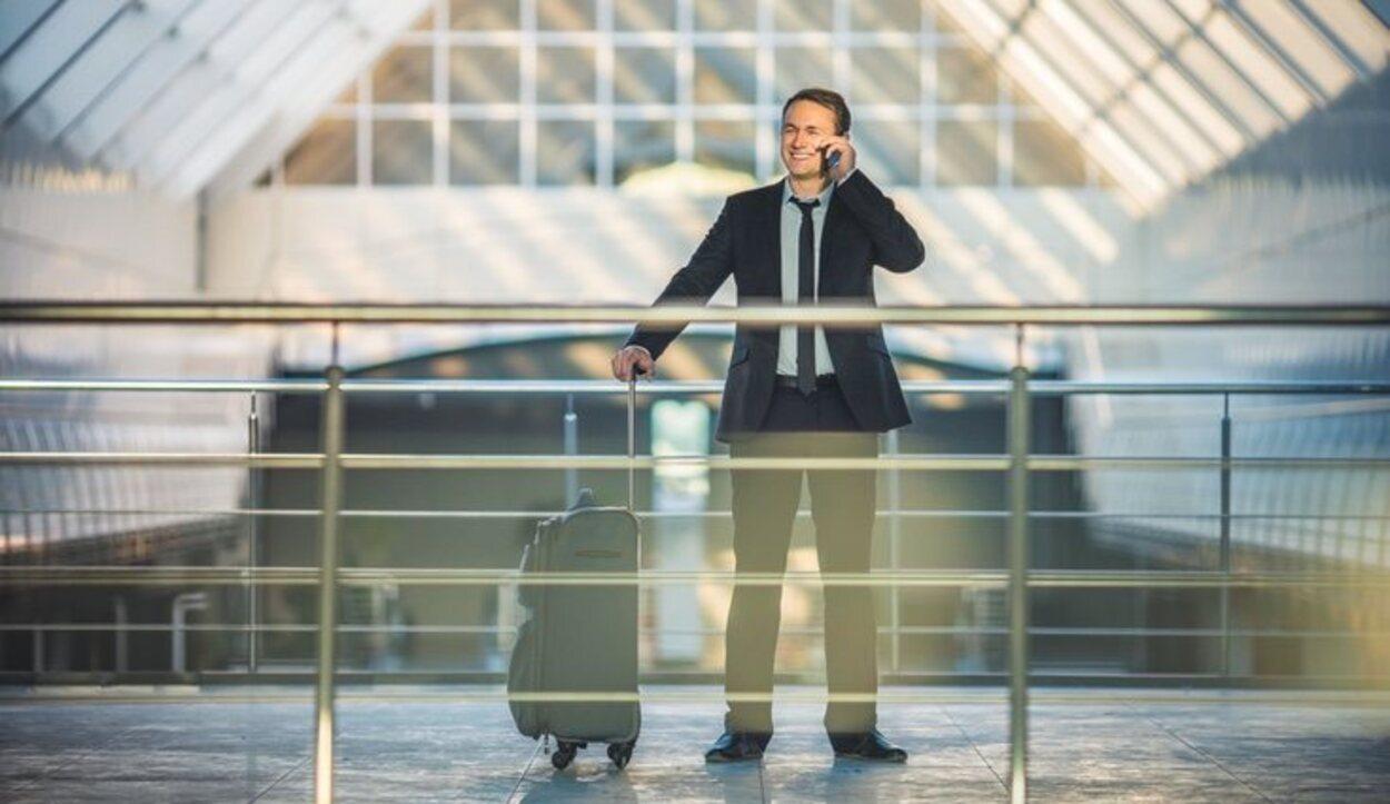 Se permite la entrada de bebidas, alcohólicas o no, si han sido compradas en el aeropuerto