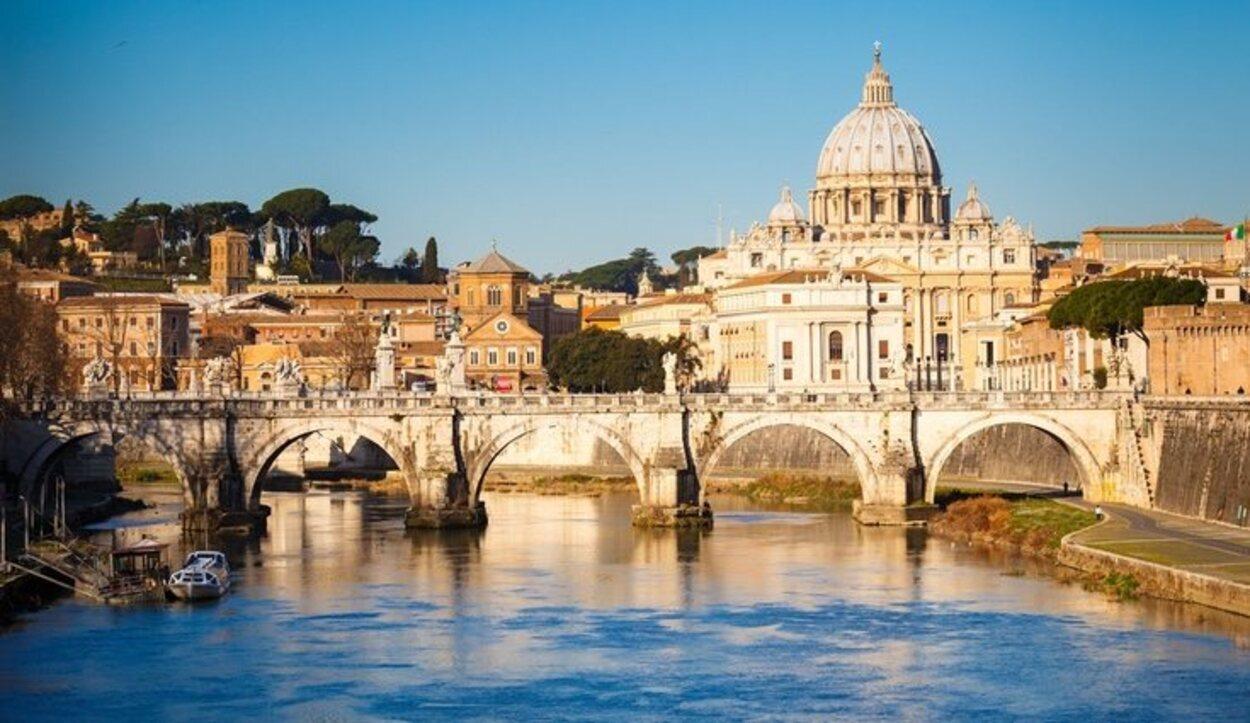 Vista de la Basílica de San Pedro, uno de las más importantes de la Roma Cristiana