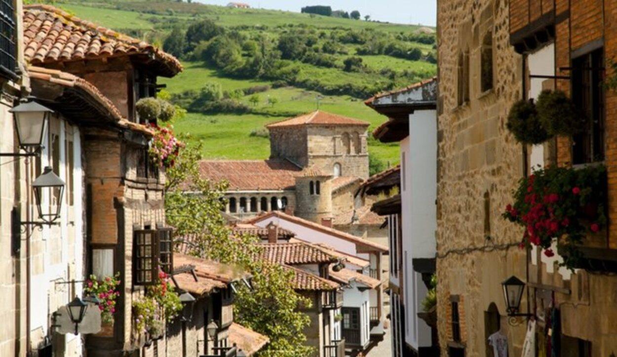 Vista de Santillana del Mar, municipio donde se encuentran las Cuevas de Altamira