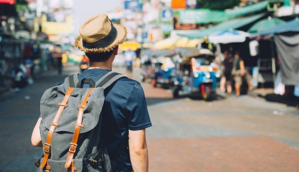 Uno de los mayores inconvenientes de viajar solo es correr con la totalidad de todos los gastos del viaje