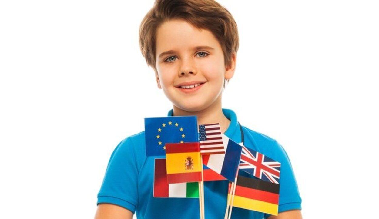 El Serbo-croata, el albanés, el portugués, el español y el inglés son los idiomas con más hablantes