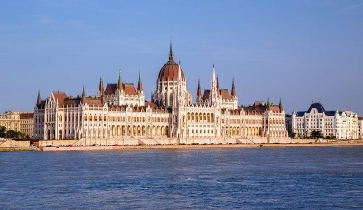 El Parlamento de Hungría es una edificación de origen neogótico