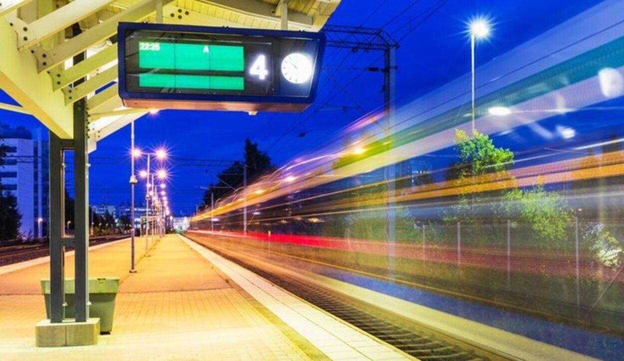 Si el tren se cancela, Renfe puede no hacerse cargo de costes relativos a hechos ajenos al billete de tren