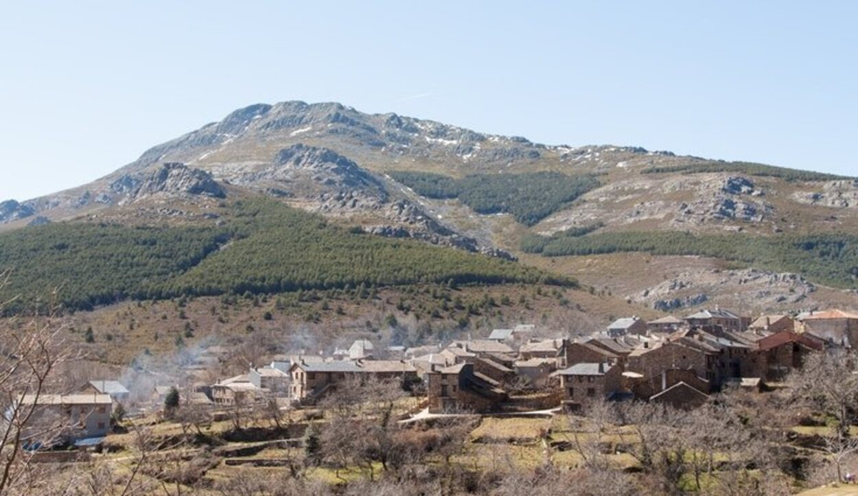 Las casas de estos pueblos están construidas en piedra con tejados de pizarra