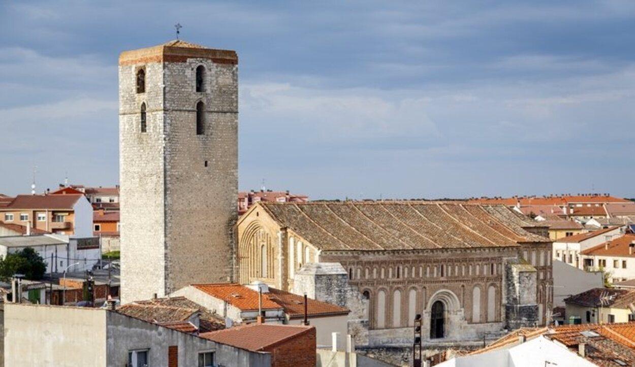 La Iglesia de San Andrés es una de las casi 20 iglesias que hay en Cuéllar