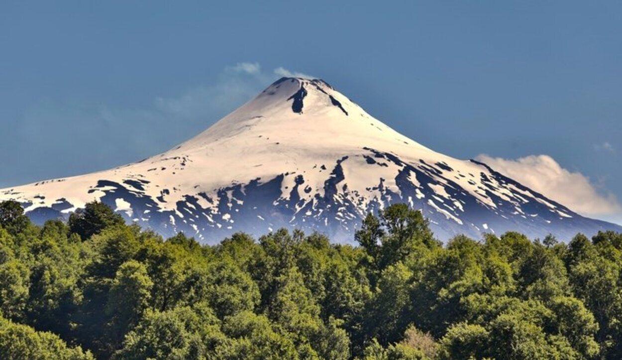 Disfruta de tus vacaciones viajando para visitar los volcanes activos de la Tierra