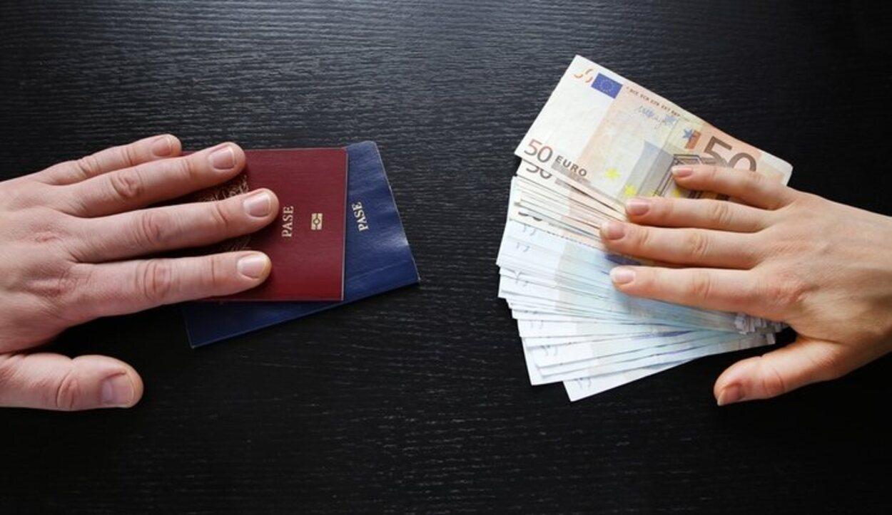 Es recomendable llevar una cantidad de dinero considerable en metálico separada de tu cartera