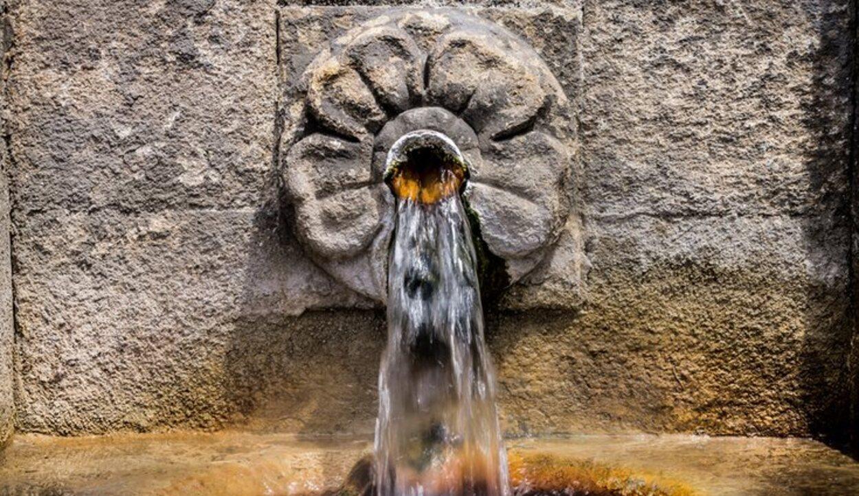 Fuente de As Burgas situada en el centro de la ciuda de Ourense