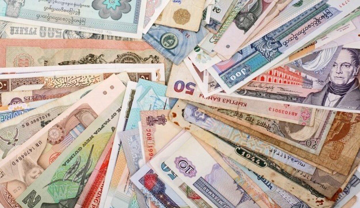 Es imprescindible llevar dinero en efectivo si viajamos