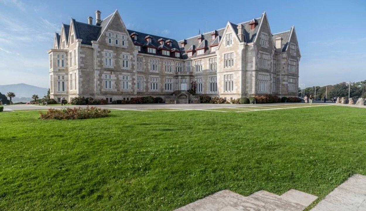 El Palacio de la Magdalena ha servido para recrear durante unos años la serie de Antena 3