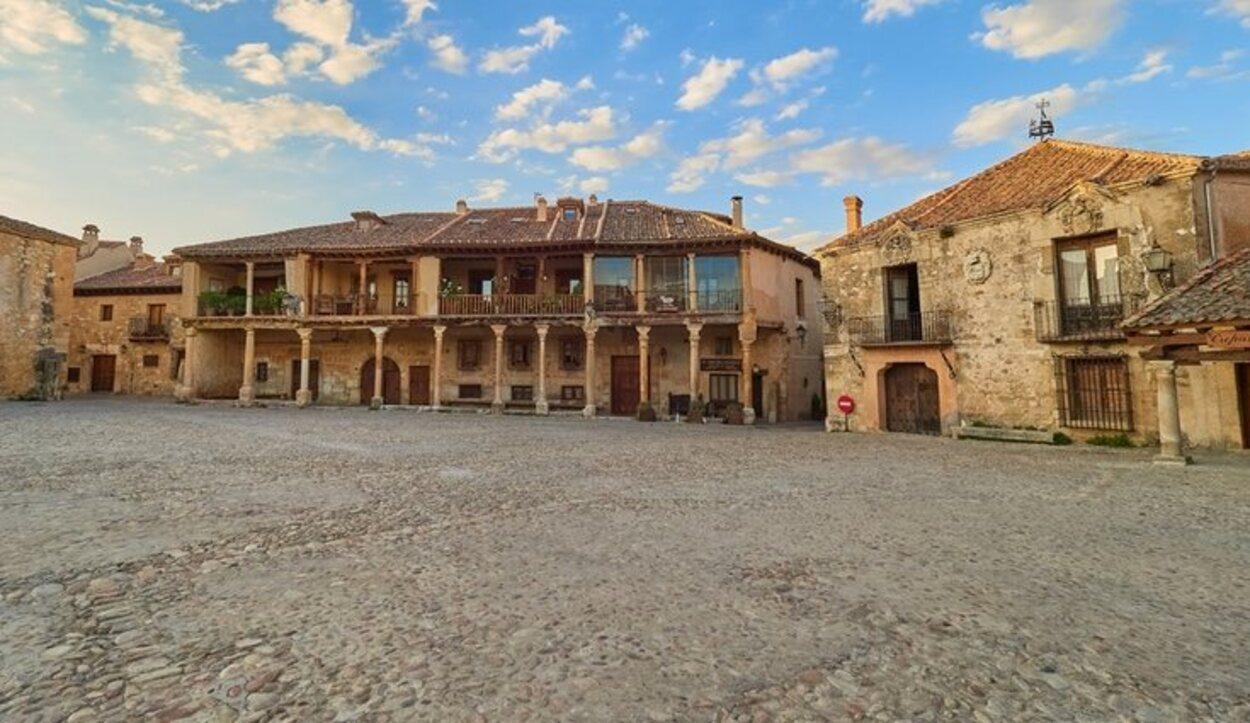 El pueblo de Sierra de Guadarrama ha sido elegido en multitud de ocaciones para el rodaje de varias series españolas
