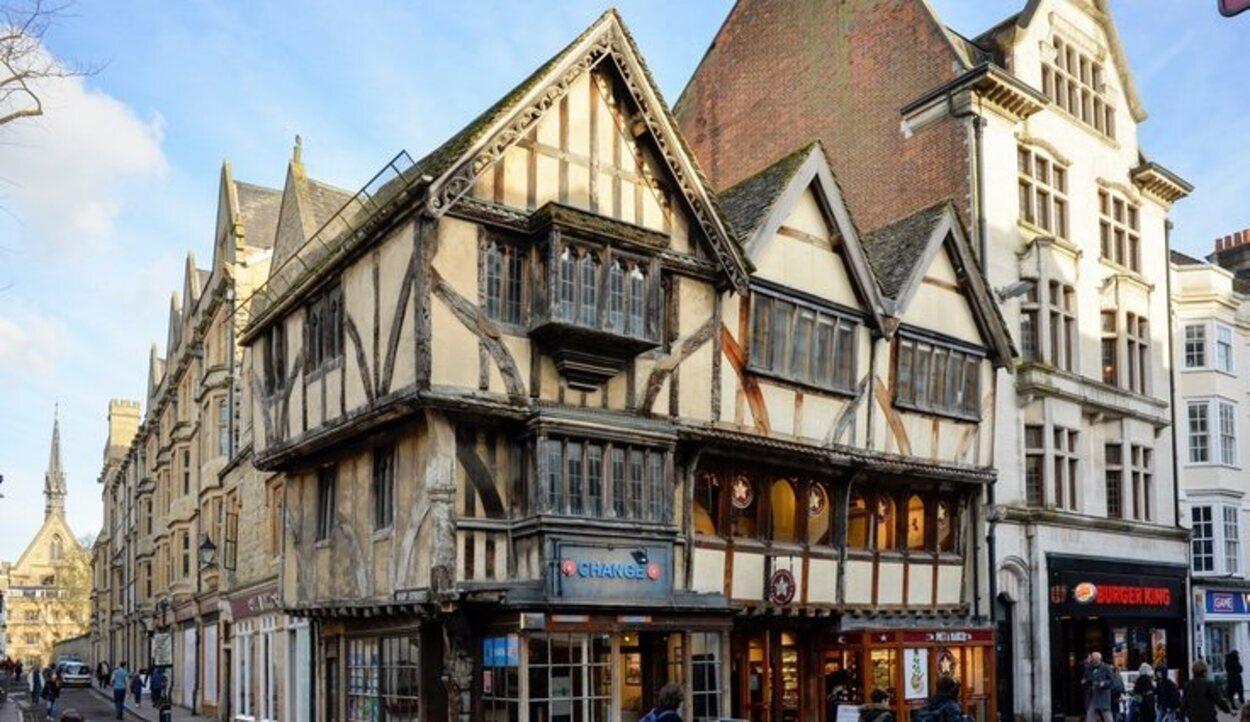 Lo antiguo otorga elegancia a la ciudad de Oxford