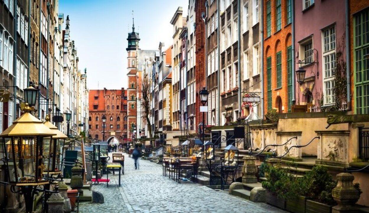 Las pintorescas calles de la ciudad de Gdansk