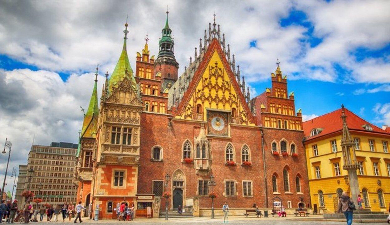 El Ayuntamiento de Wroclaw acabó de construirse en el siglo XV