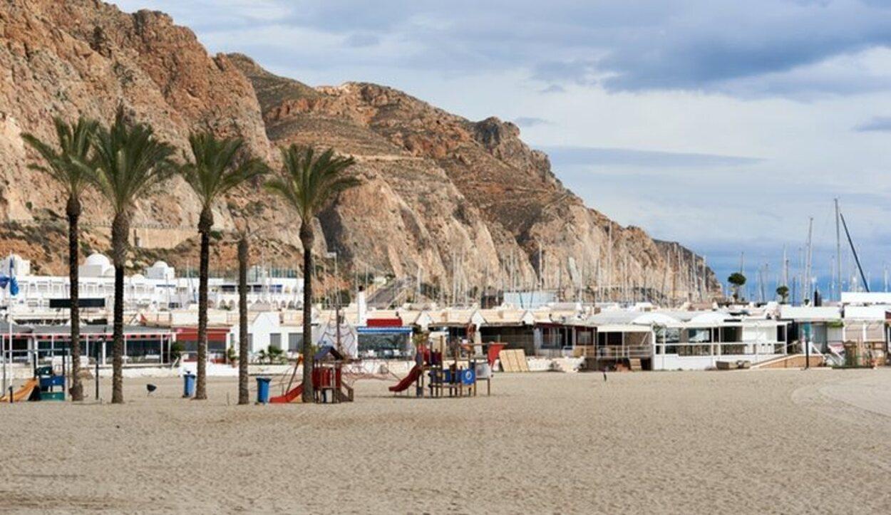 Aguadulce tiene maravillosas playas y un gran ambiente nocturno