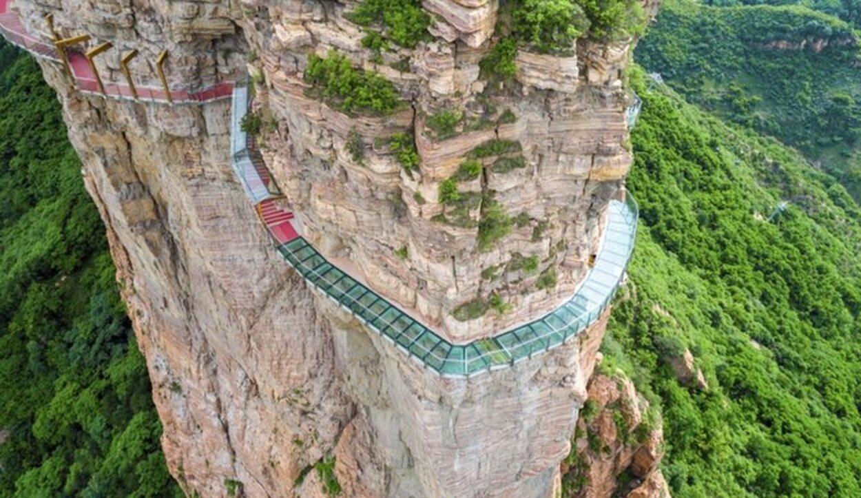 El camino de cristal en las Montañas de Taihang