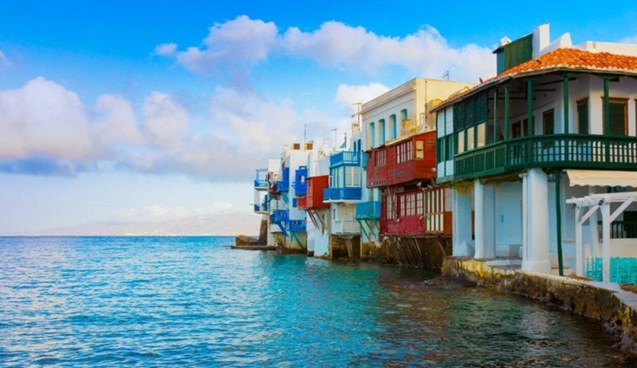 La isla está repleta de pequeños pueblos pesqueros encantadores
