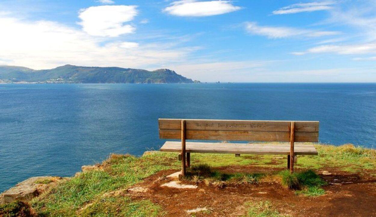 'El mejor banco del mundo' se encuentra el Cabo de Loira / Turismogalicia.net