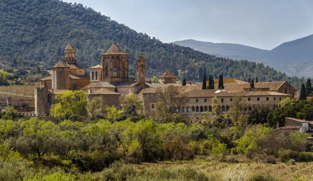 El Monasterio de Poblet es uno de los lugares de visita obligatoria