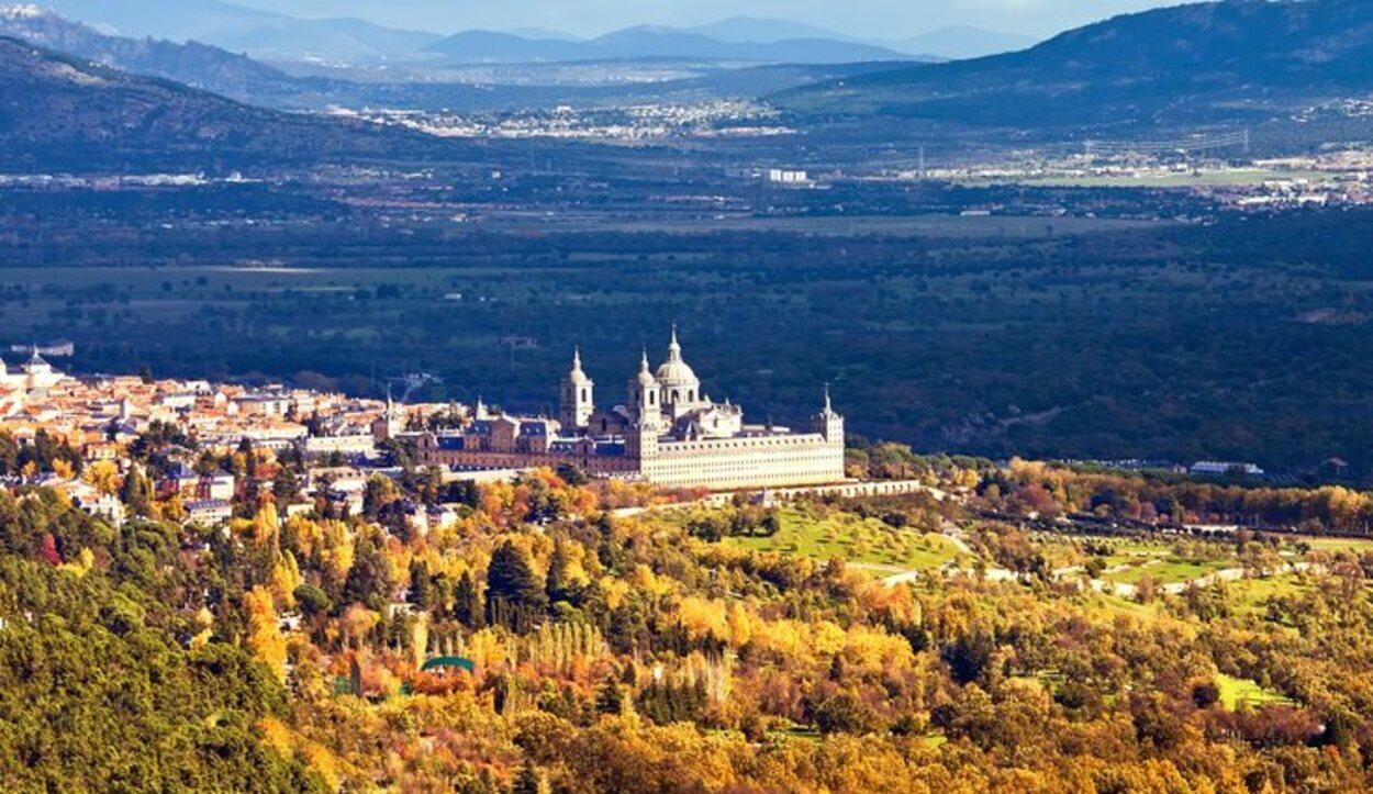 Gozarás de vistas solo disponibles desde la Sierra de Madrid