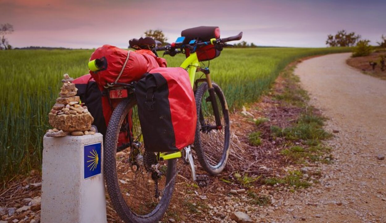 Para conseguir la acreditación en bicicleta hay que hacer mínimo 200 km