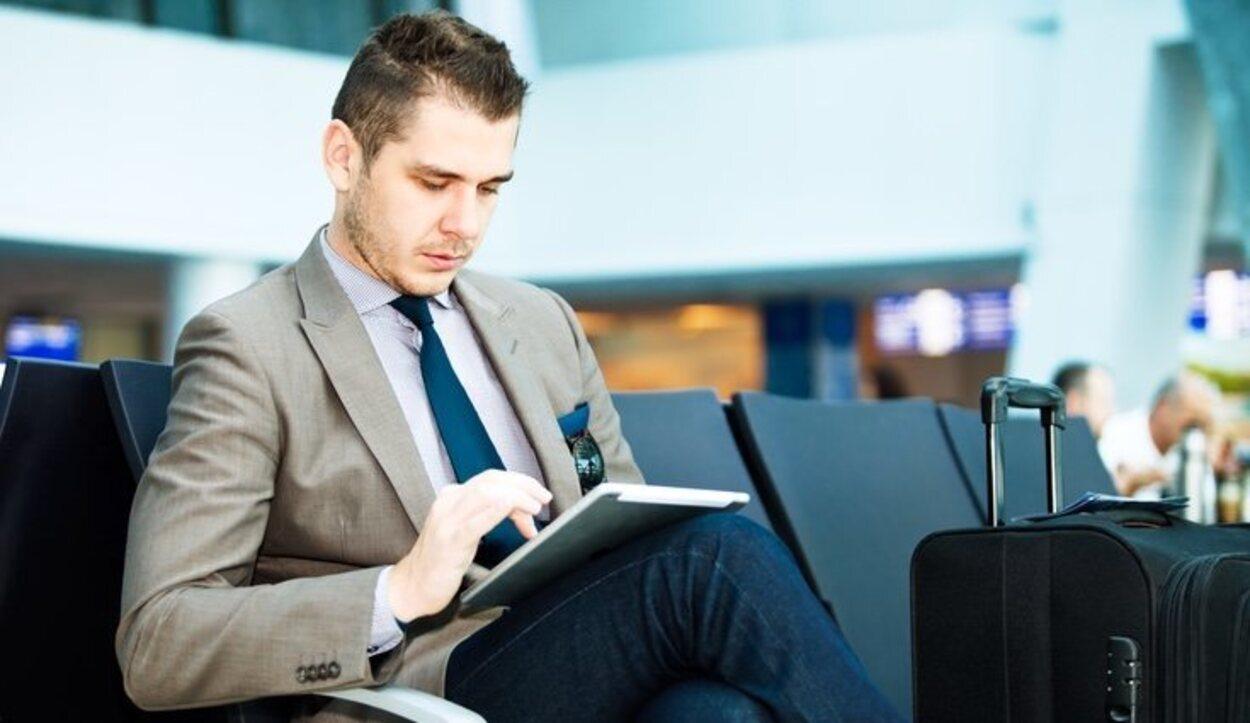 Emirates prohibe la entrada de ciertos artículos que puedan provocar lesiones a los pasajeros