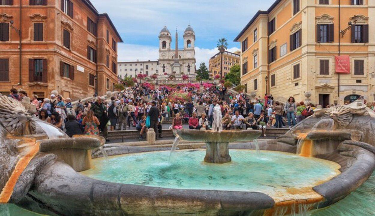 Roma es una ciudad plagada de turistas durante todo el año.
