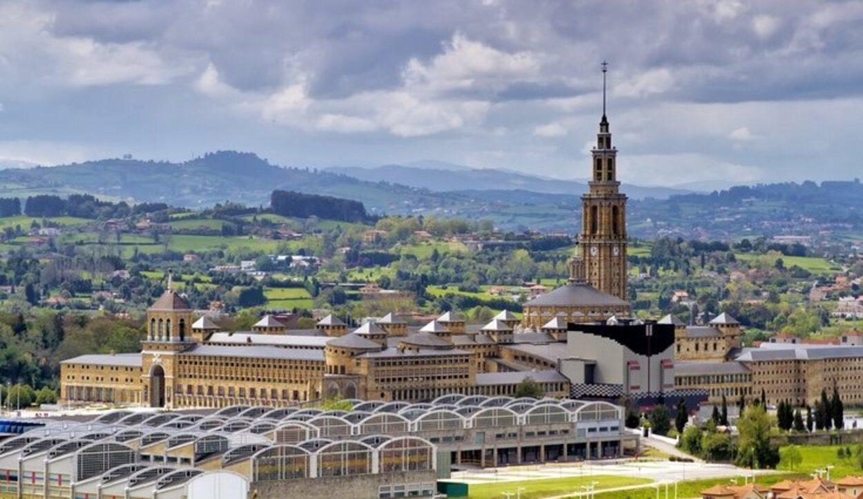 La Laboral es el edificio más grande de España