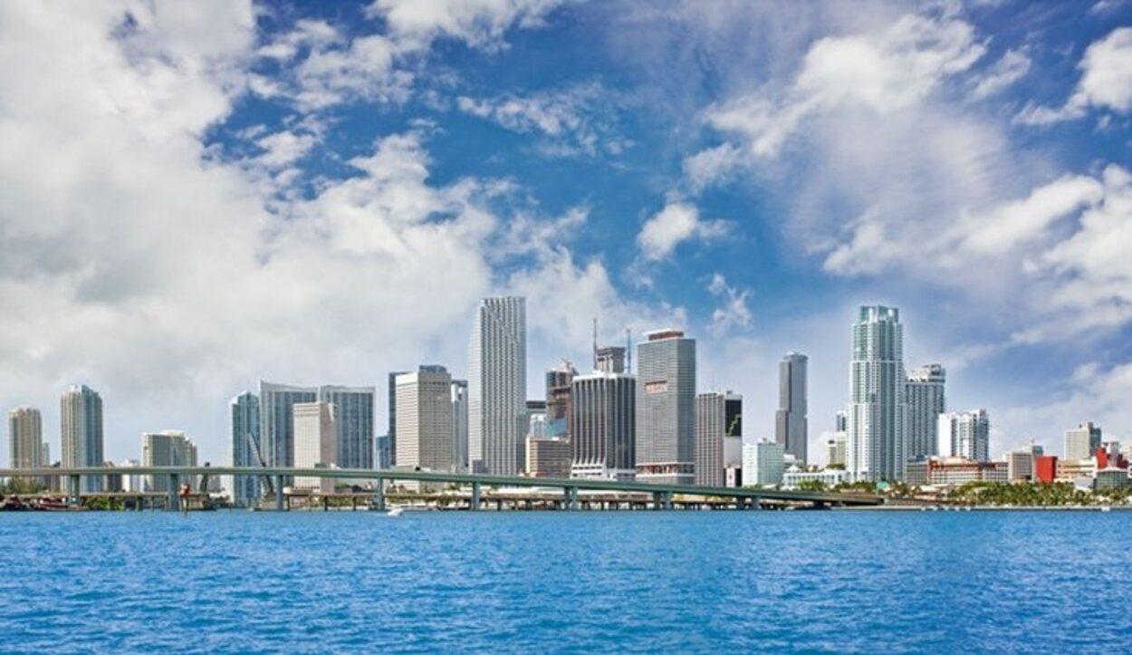 Vistas del Downtown centro de la ciudad de Miami