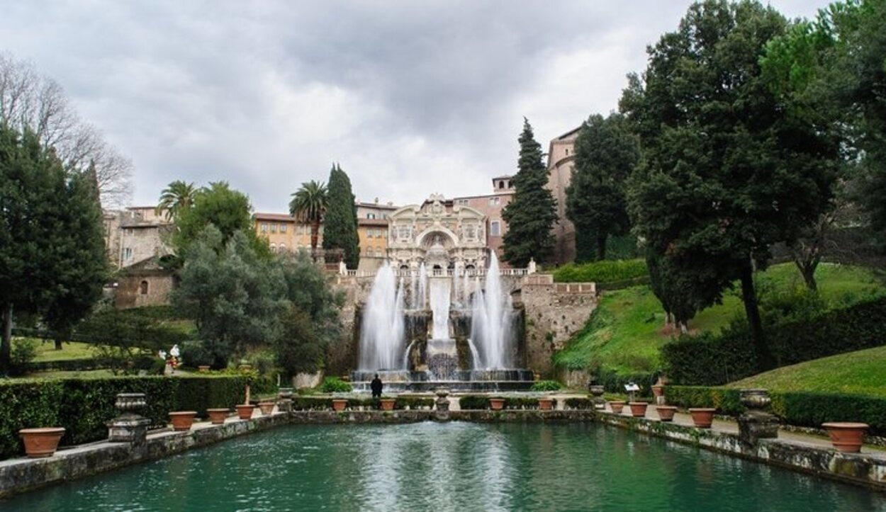 Villa d'Este destaca por sus fuentes y vegetación