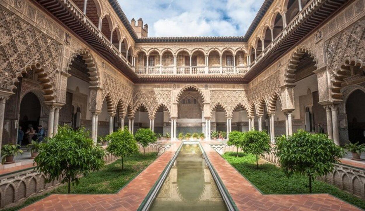 No puedes olvidar visitar el Alcázar de Sevilla