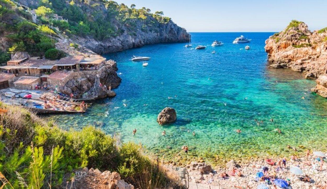 Las playas de Deià destacan por su gran belleza