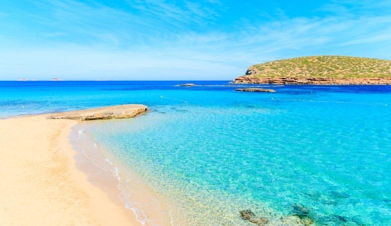 Las aguas cristalinas de Ibiza