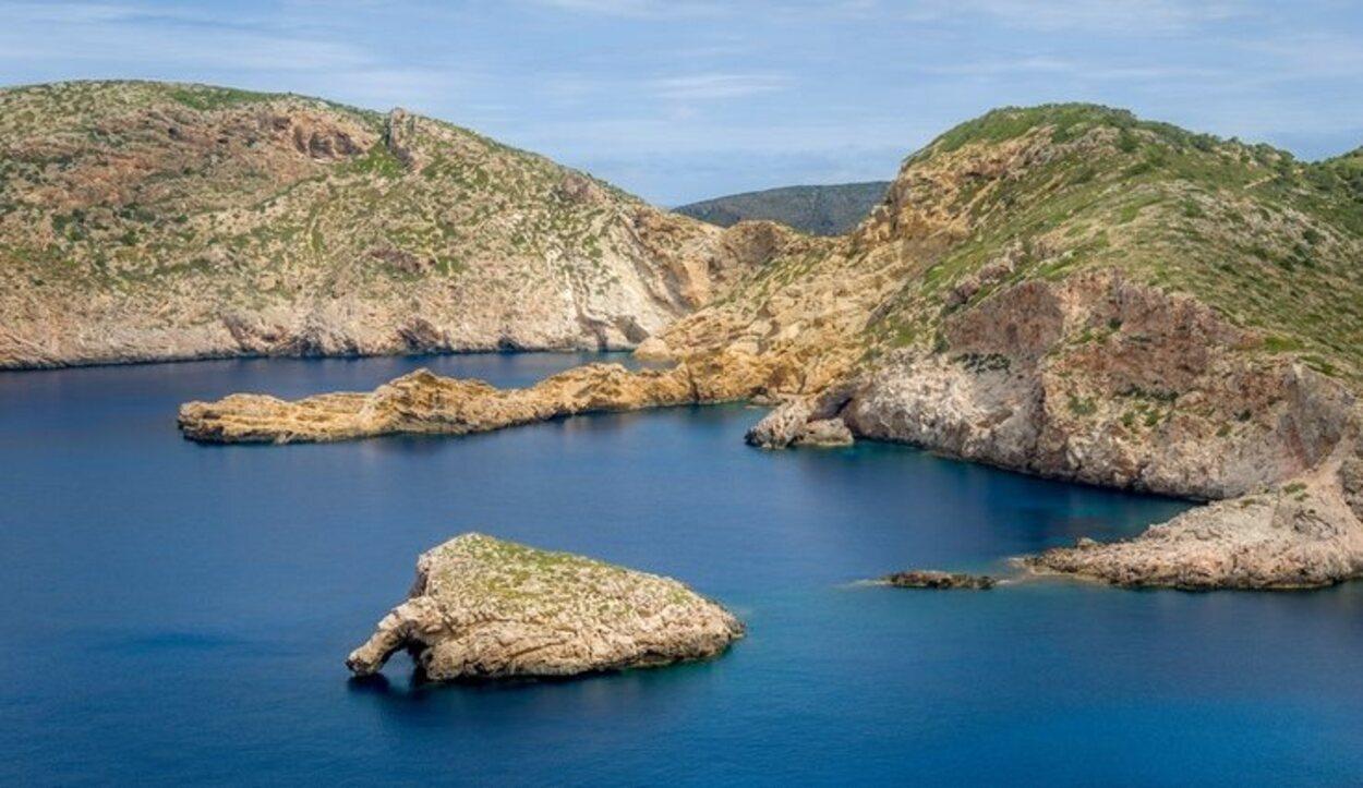 El Archipiélago de Cabrera posee restos culturales de épocas pasadas