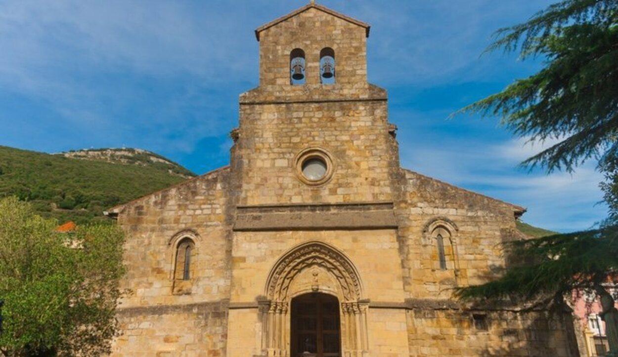 Empieza la jornada visitando la Iglesia de Santa María del Puerto