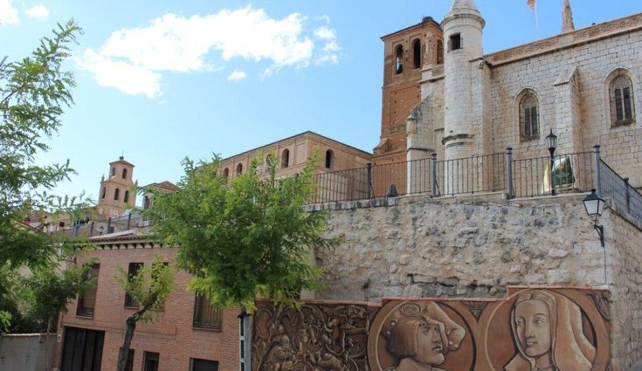 La Iglesia de San Antolín es otra de las muchas iglesias que hay en Tordesillas