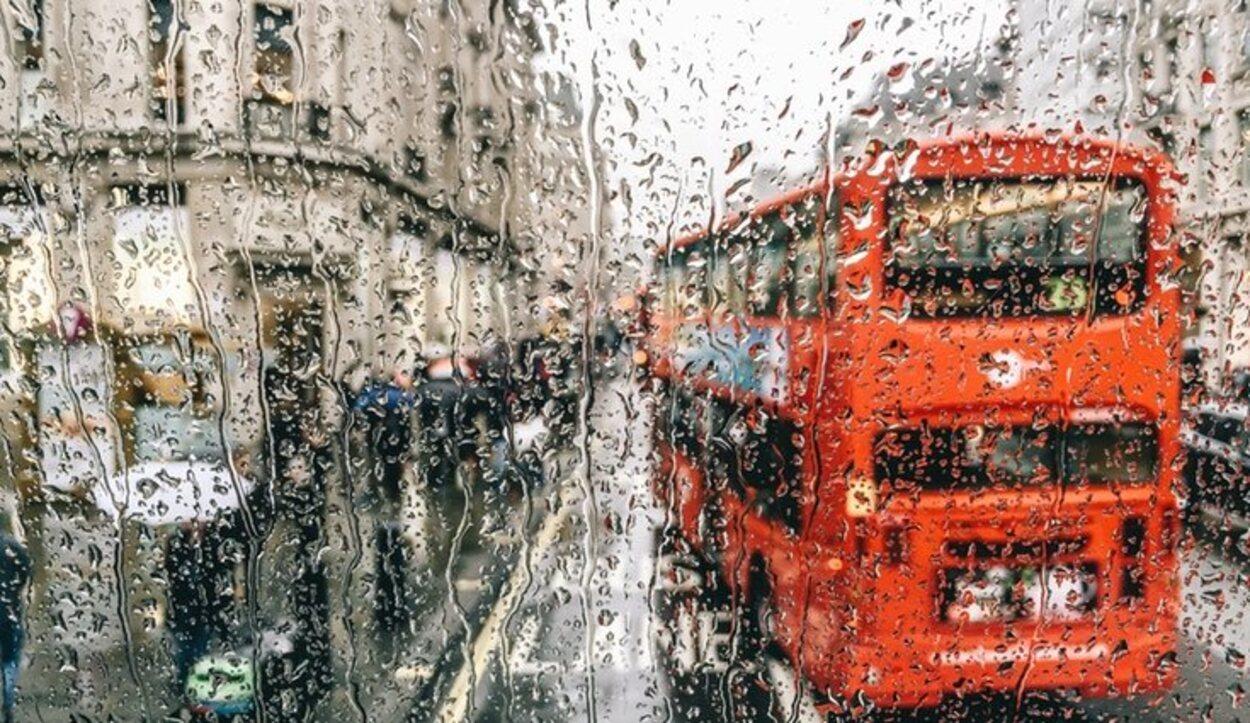 La lluvia y Londres son poderosos aliados