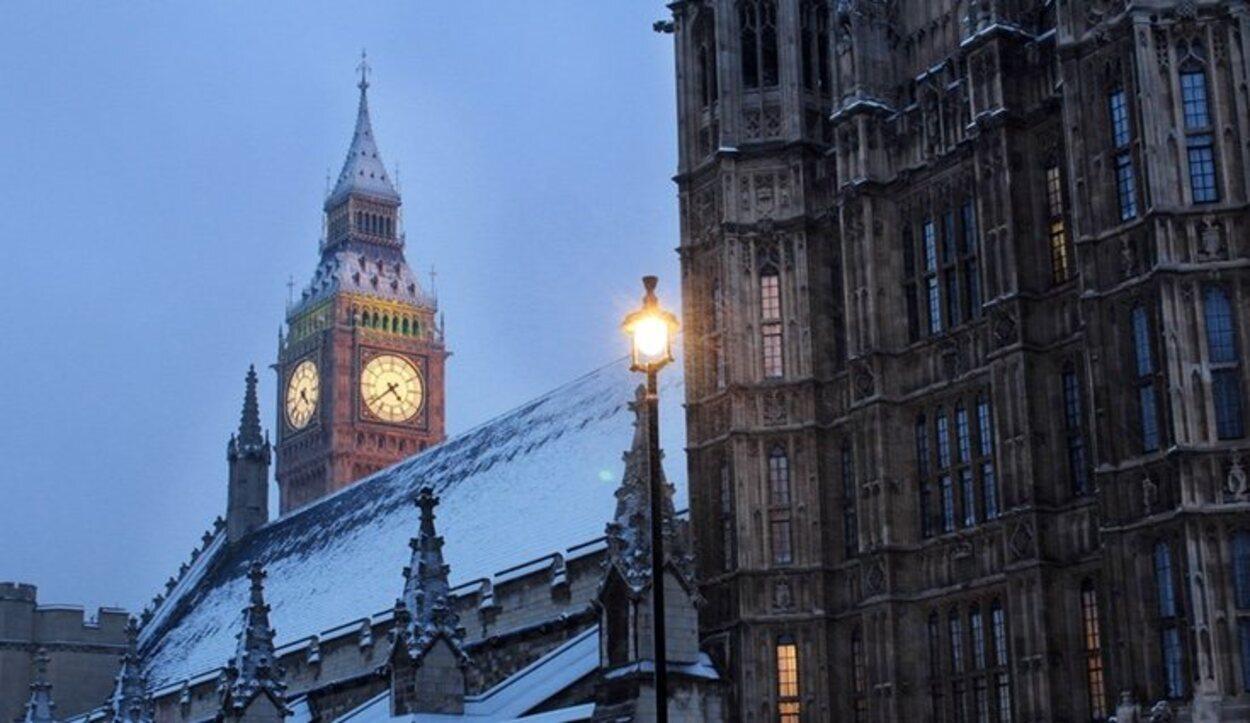 Londres nevado es una de las mejores visitas que se pueden hacer, todos los chocolates calientes están justificados