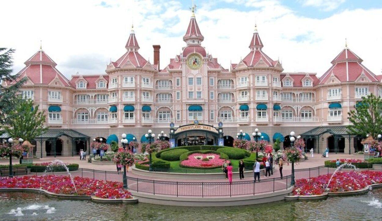 El hotel más característico de Disneyland París