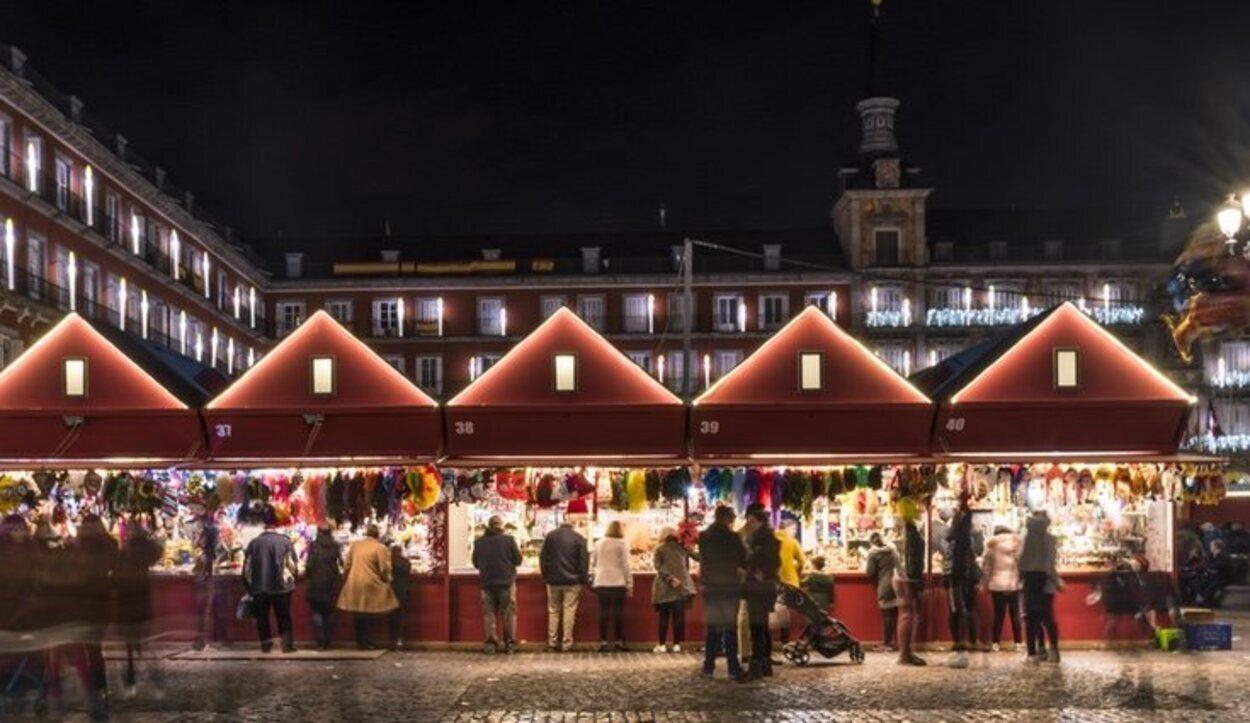 El mercadillo navideño de la Plaza Mayor es una visita obligada